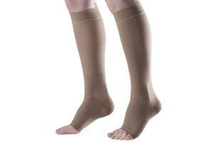 0000066_knee_length_compression_stocking_open_toe_ccl_i_300